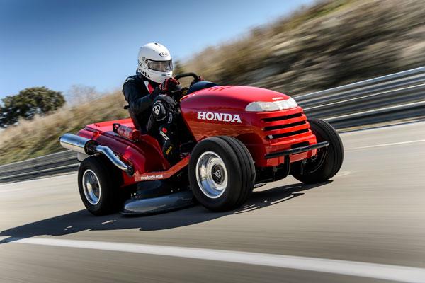 record-de-vitesse-en-tondeuse-honda-9922-2